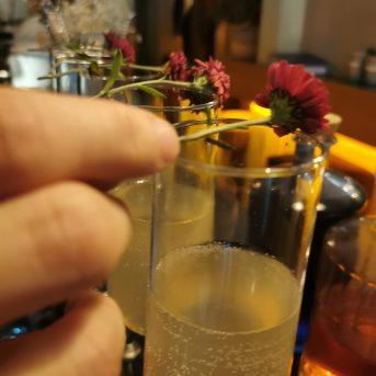 Bild der Dankstelle La Fée Bar Café