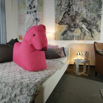 Bild der Dankstelle Bett und Couch, die Einrichter