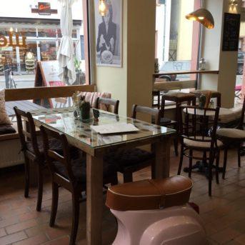 Bild der Dankstelle Cafe illegally tasty