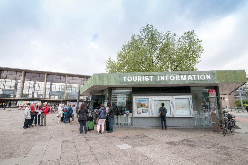 Bild der Dankstelle Tourist Information am Hauptbahnhof